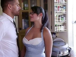 Bodacious Housewife Moka Mora Is Worth Truly Hard Analfuck In The Kitchen