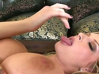 Fetching Pallid Blonde Brooke Banner With Big Hooters And Hard Make Up Frigs Her Sweet Vag To Orgasm