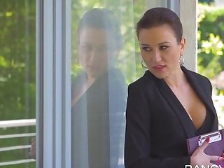 Lovenia Lux, Nikki Sweets In Sell Your Soul