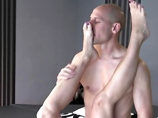 Hairless Man Likes A Blowage By Julia Pink Before Hard Fuck