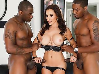 Interracial Double Penetration: Cougar Lisa Ann + Two Bbcs